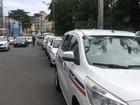 Taxistas de Salvador devem pegar adesivo de selo e alvará
