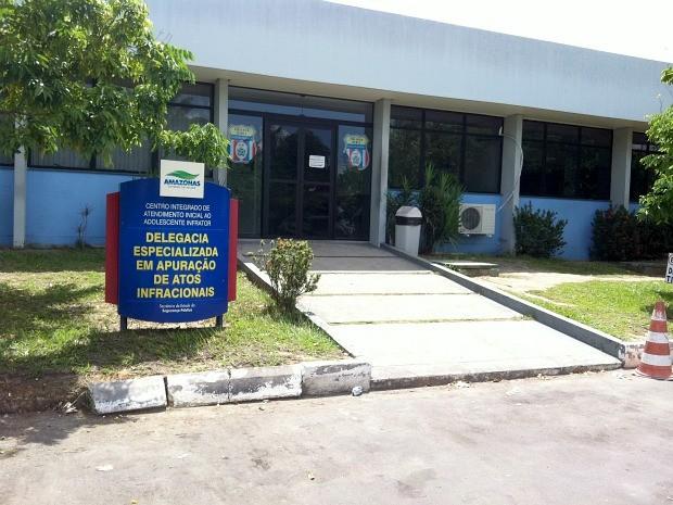 Delegacia Especializada em Apuração de Atos Infracionais (Foto: Mônica Dias/G1 AM)