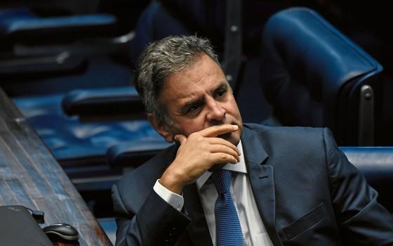 """O senador Aécio Neves.Ele quer diferenciar corrupção de caixa dois para """"salvara política"""" (Foto:  Mateus Bonomi/Agif/Folhapress)"""