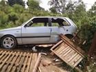 Adolescente de 15 anos pega carro do pai e bate em poste em Jundiaí