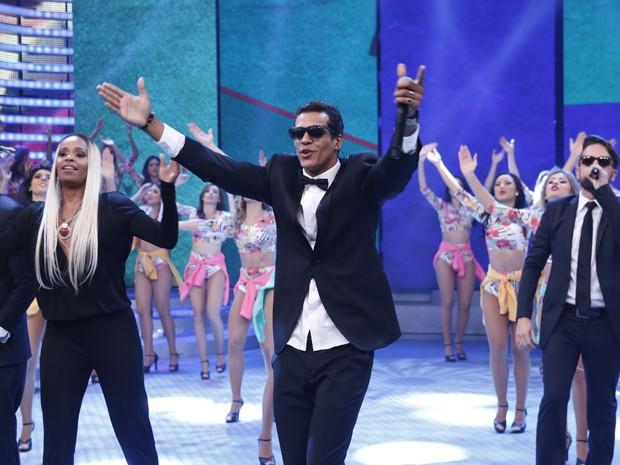 Marcello Melo Jr. anima a plateia do Domingão com sucessos do Melanina Carioca (Foto: Ellen Soares / Gshow)