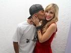 Micael Borges comemora aniversário com a namorada, Sophia Abrahão