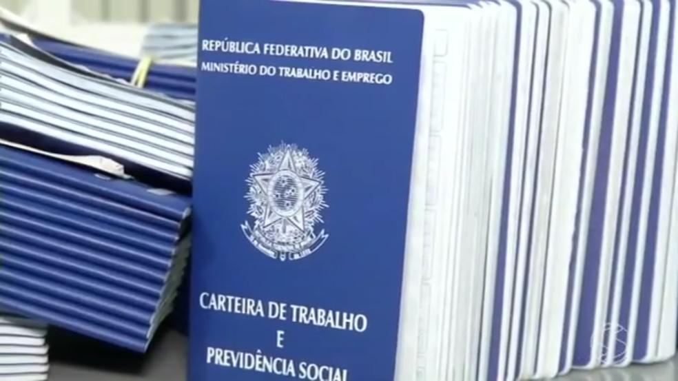Trabalhadores interessados devem manter o cadastro atualizado no Sine (Foto: Reprodução/TV Rio Sul)