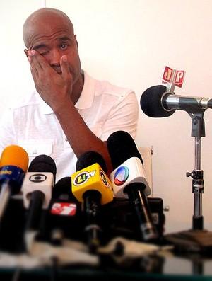 Marcos assunção coletiva (Foto: Marcelo Prado / Globoesporte.com)