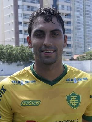 Caio Poletti, meia do Tupy-ES (Foto: Richard Pinheiro/GloboEsporte.com)