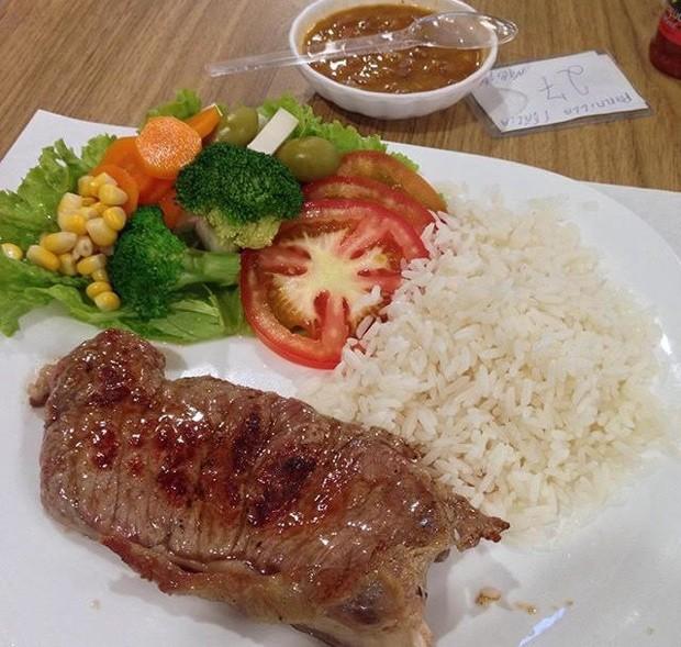 Tuanny aumentou a quantidade de verduras e legumes em sua dieta (Foto: Tuanny de Oliveira Costa/Arquivo pessoal)