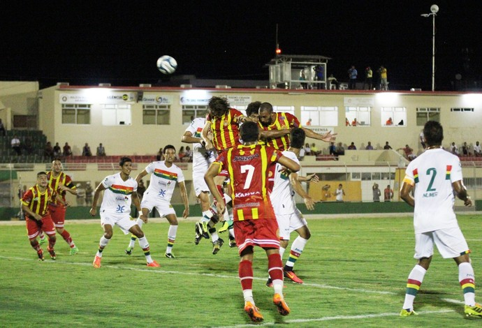 Juazeirense marcou só no segundo tempo, mas sempre teve domínio do jogo (Foto: Carlos Humberto/Juazeirense)