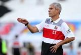 """Técnico do Santa Cruz, Ricardinho diz que """"boleiros"""" estão perdendo espaço"""