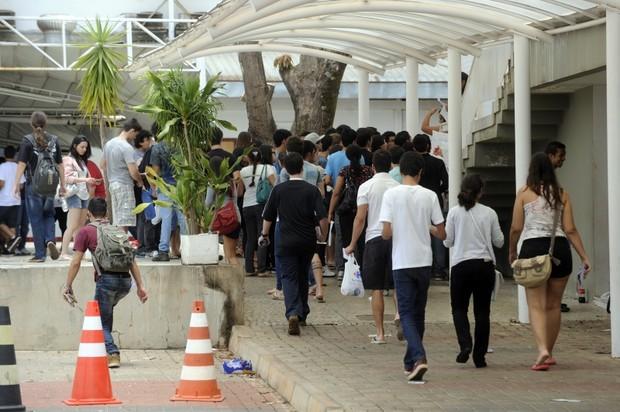Candidatos no primeiro dia de prova do Enem 2012 (Foto: Wilson Dias/ABr)