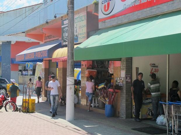 Comerciantes de Eldorado pedem investimento no turismo para atrair consumidores (Foto: Anna Gabriela Ribeiro / G1)
