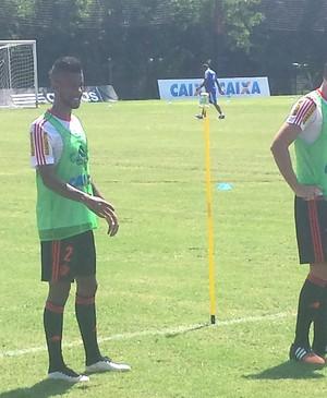 Léo Moura, Treino Flamengo (Foto: Cauê Radamaker)