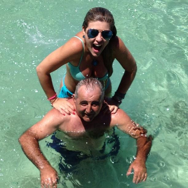 Iris Stefanelli e pai (Foto: Instagram / Reprodução)