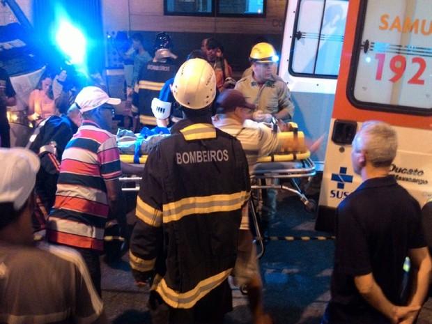 Equipes do Samu e do Corpo de Bombeiros foram acionadas para resgatar vítimas (Foto: Arquivo Pessoal )