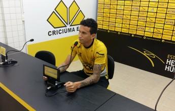 """De volta ao time, Dodi conta a meta ante o Sampaio: """"Vitória para embalar"""""""