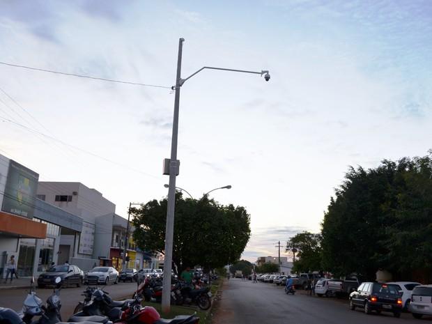 Projeto prevê ainda a instalação de mais 16 câmeras em Cacoal (Foto: Rogério Aderbal/G1)