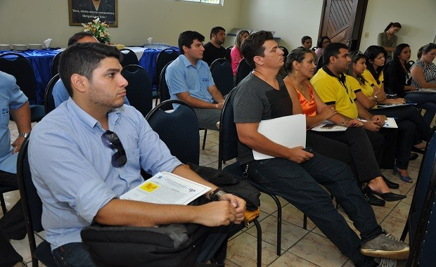 Na ocasião foi exposto o ranking das agências que mais comercializaram produto (Foto: Zé Rodrigues/ TV Tapajós)