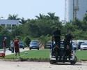 Com ronda da polícia e o lateral Lucas em campo, Flu treina sob forte calor