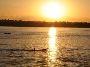 O pôr do sol no rio Araguaia (Foto: Luciano Ribeiro/ATN)