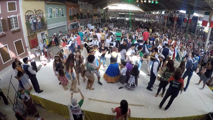 Muita dança e polenta em Venda Nova do Imigrante (Foto: Divulgação / TV Gazeta ES)