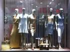 Clientes têm várias opções na busca pela roupa de Réveillon em Uberlândia