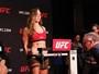 Em ótima forma e de cara fechada, Ronda bate peso, ignora fãs e UFC