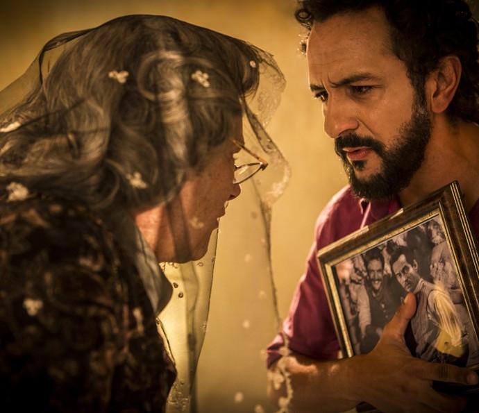 Bento se recusa a fazer acordo com Encarnação  (Foto: Inácio Moraes/Gshow)