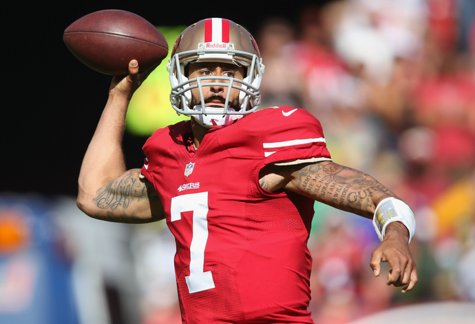 Colin Kaepernick, San Francisco 49ers x Green Bay Packers NFL (Foto: Getty Images)