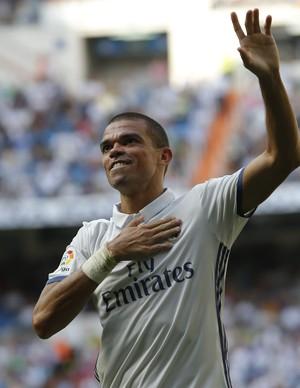 Pepe gol Real Madrid Osasuna (Foto: AP)