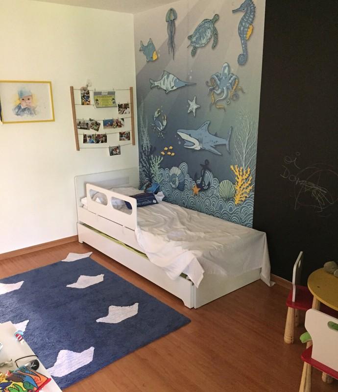 Quarto do Dom é inspirado no fundo do mar. Luana conta que o pequeno ama tubarão e peixe-espada (Foto: Arquivo pessoal)