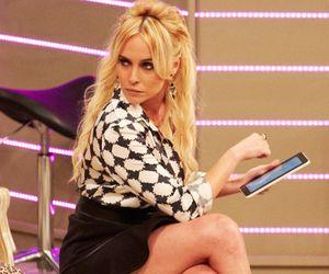 """Fernanda Nobre encarna """"Diabo Loiro"""" em nova série do Multishow: """"Ela é malvadérrima!"""""""