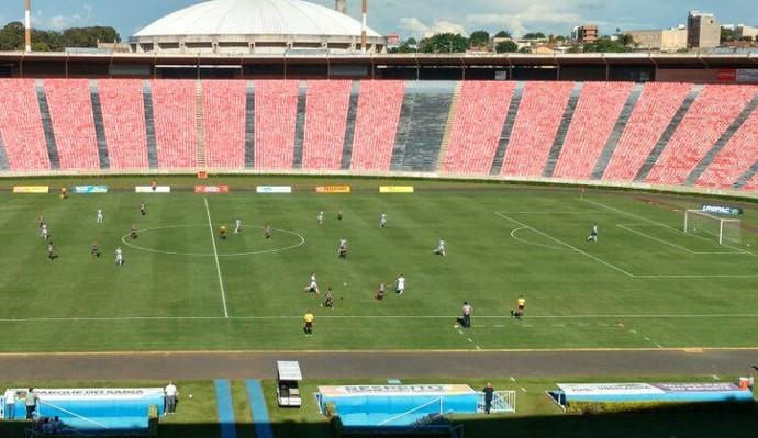 CAP Uberlândia X Araxá pela quarta rodada do Módulo II do Campeonato Mineiro (Foto: Reprodução/TV Integração)