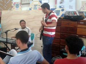 Mestre Oscar Santos, Macapá, Amapá, homenagem, alunos, escola, (Foto: Marcelo Gomes/Arquivo Pessoal)