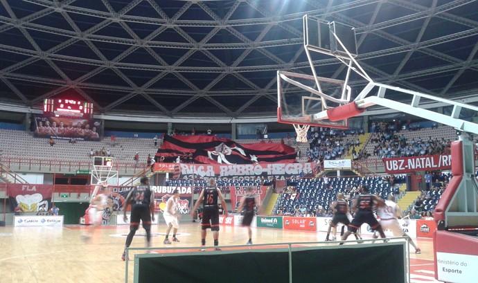 Basquete Cearense x Flamengo amistoso (Foto: Roberto Leite)