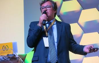 Damiani aponta formação de técnico como maior desafio da CBF