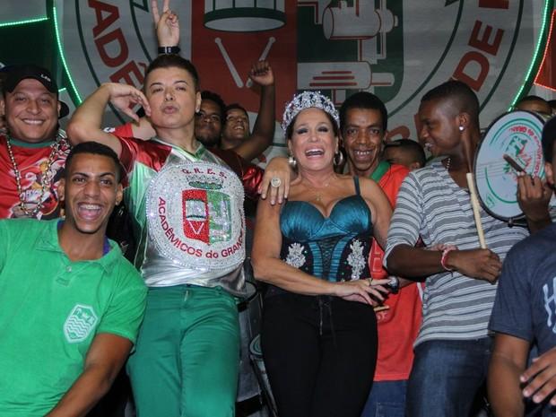 David Brazil e Susana Vieira no ensaio da Grande Rio em Duque de Caxias, na Baixada Fluminense do Rio (Foto: Rodrigo dos Anjos/ Ag. News)