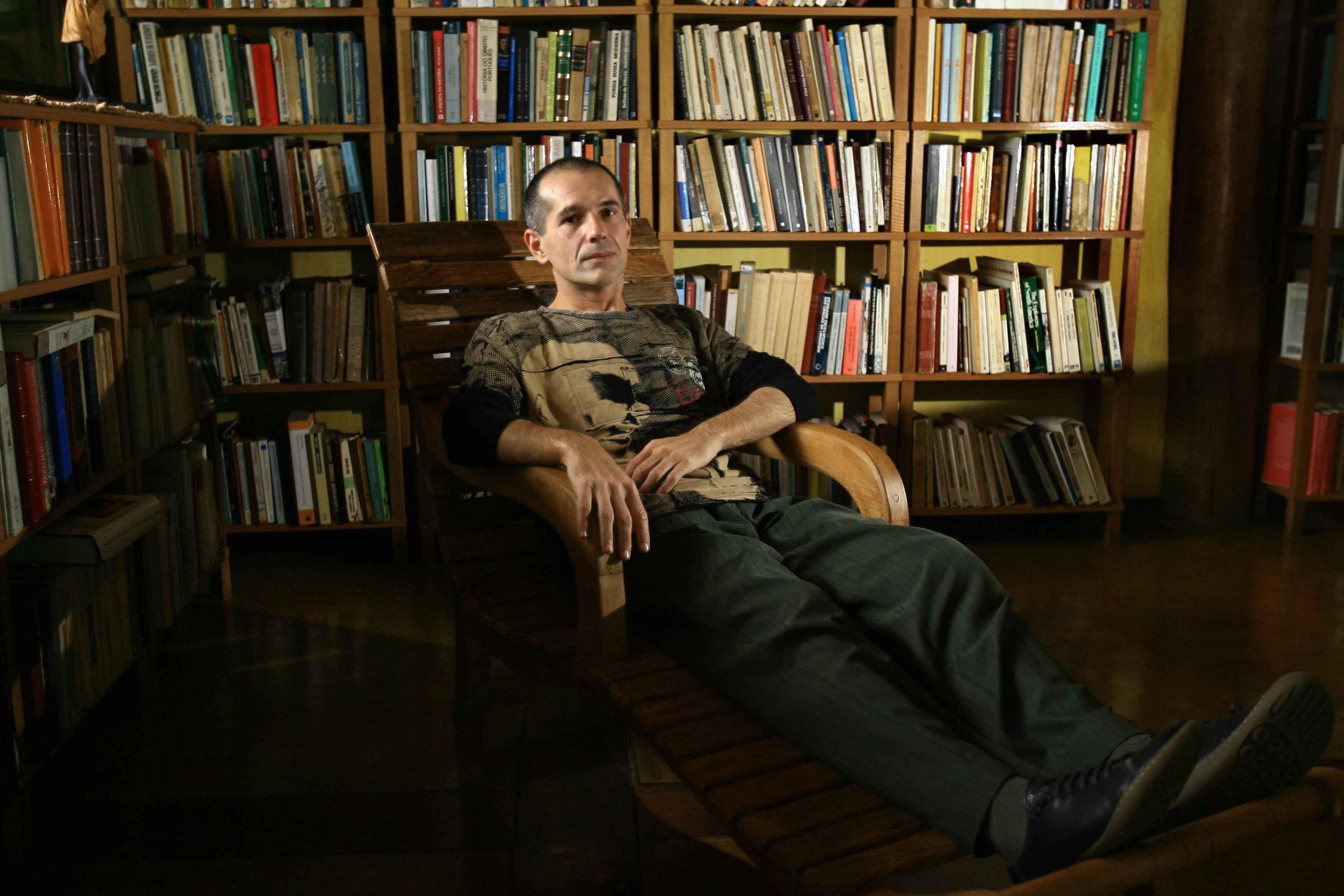 Jean Marcel Carvalho França é professor livre-docente de história do Brasil na Unesp (Foto: Edson Silva/Folhapess/Divulgação)