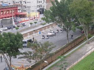 Simulação foi feita no trajeto que será percorrido pelo papamóvel na cidade. (Foto: Nathália Duarte/G1)