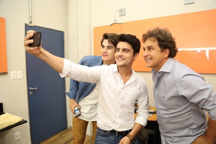 Nicolas participou do 'Ding Dong' com Guilherme Leicam e Marcos Frota (Foto: Carol Caminha/Gshow)