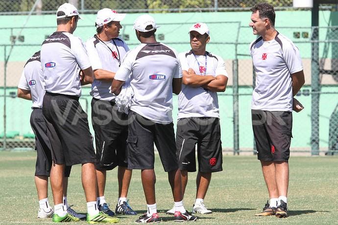 adilson batista vasco comissão técnica (Foto: Marcelo Sadio / vasco.com.br)