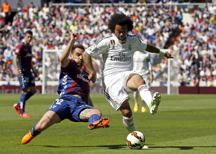Marcelo Real Madrid Eibar (Foto: Reuters)