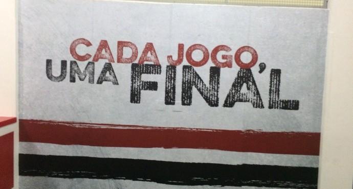 São Paulo Coloca Mensagens No Vestiário Para Motivar Os Jogadores