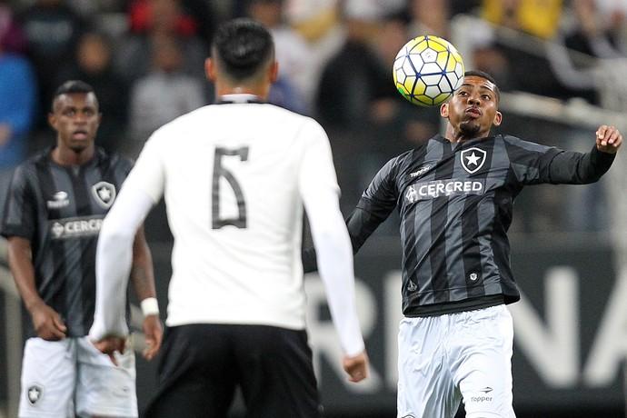 Matheus Fernandes Botafogo (Foto: Vitor Silva / SSpress / Botafogo)