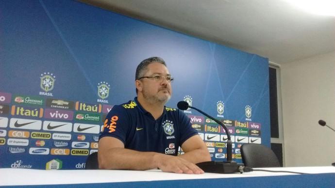 Rogério Micale, técnico da seleção olímpica (Foto: Leonardo Freire/GloboEsporte.com)