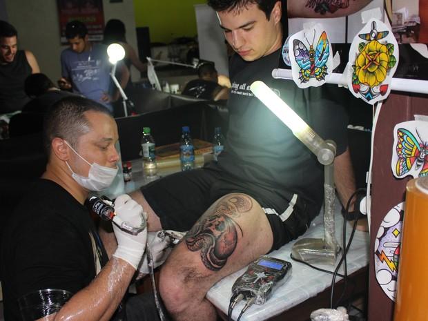 14 tatuadores concorrem a prêmios; 5 mil pessoas devem prestigiar o evento até domingo, 3 (Foto: Suzi Rocha/ G1)