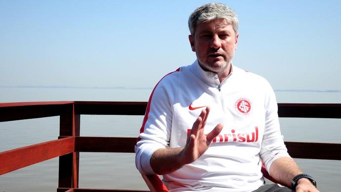 Internacional Inter Odair hellmann (Foto: Eduardo Deconto/GloboEsporte.com)