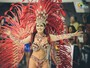 Das arquibancadas para o Sambão: Musa do Rio Branco brilha no carnaval