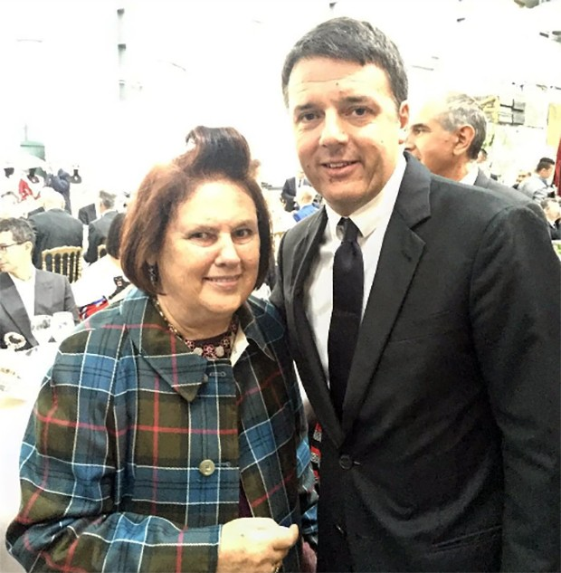 Prime Minister Matteo Renzi said he wanted Made In Italy to embrace 'culture, ideals and passion'. (Foto: @SuzyMenkesVogue)