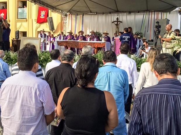 Missa pela reconciliação da Igeja Católica com o Pe. Cícero (Foto: Divulgação/Governo do Estado)