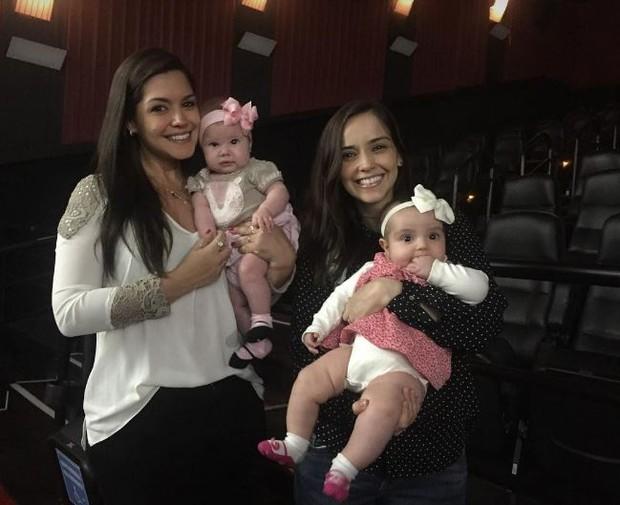 Thaís Fersoza, Melinda e amiga com a filha (Foto: Instagram / Reprodução)