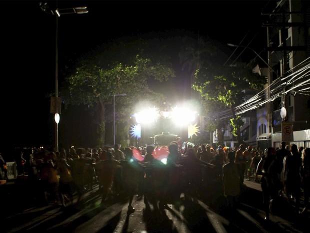 falta luz na barra; carnaval 2013 (Foto: Egfi Santana/G1)
